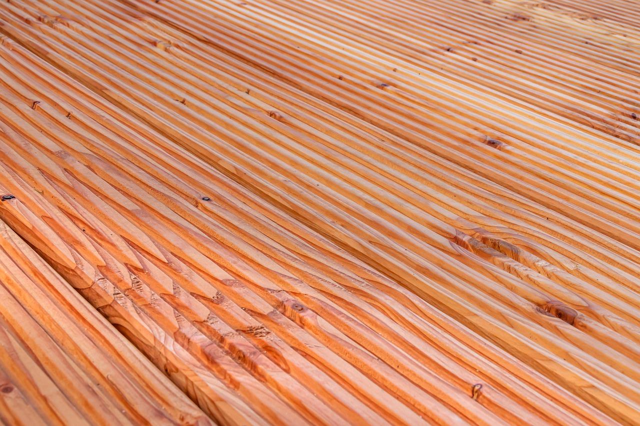 Les outils nécessaires pour rénover sa terrasse en bois.